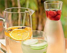 Água aromatizada com frutas cítricas