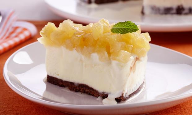 Torta gelada abacaxi